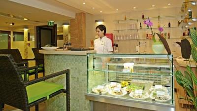 4* Wellness Hotel Gyula - Vitamin Bar awaits the guests - Wellness Hotel**** Gyula - wellness hotel in Gyula on affordable prices, close to the Castle Bath