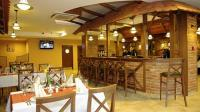 Restaurant at Wellness Hotel Gyula with various dishes