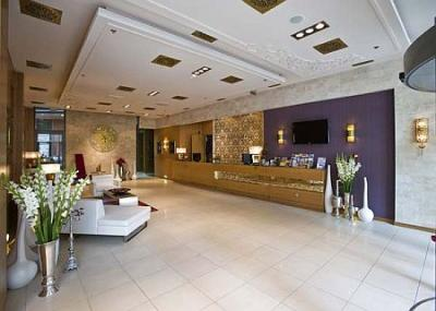 Design hotel with oriental style in budapest hotel for Design hotel 4 stars