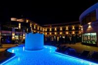 Romantic wellness holiday in the Hotel Kapitany in Sumeg - pool in night lihgts