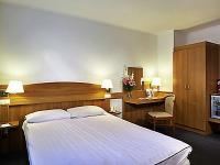 Hotel Mercure Buda - hotel room at affordable price at the South Railway Station with closed parking